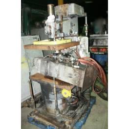 BMM -  CT-3 molding machine (AB1511)