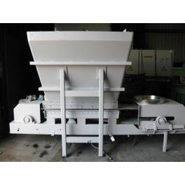 Belt conveyor with Hopper (A2116) SOLD