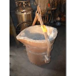 "FOUNDRY LADLE 29"" LIP POUR (A3134) SOLD"