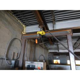 BUDGET 1/2 TON AIR HOIST (A3160) SOLD