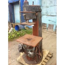 BMM JOLT SQUEEZE MOLDING MACHINE (A2628)