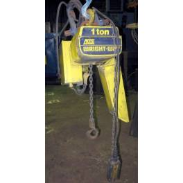 WRIGHT-WAY 1 ton electric hoist (A2530)