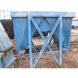 2 station molding hopper (A2610) SOLD